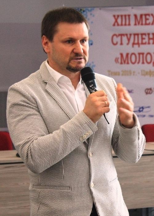 Марк Усманов, председатель правления НП
